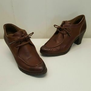 Frye Brown Booties 8.5B Ankle Boots Leather Heels
